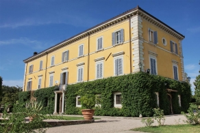 Umbria - Historic villa for sale