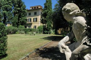 Tuscan noble villa on sale