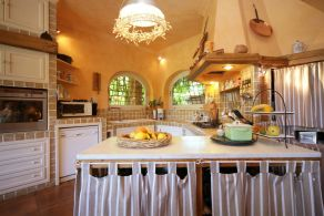 Villa Olgiata - Kitchen