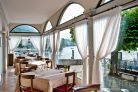 Lake Como - Hotel on the lake for sale