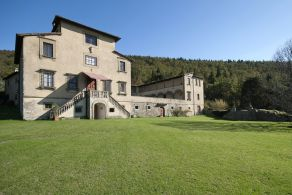 Tuscany - Florence - Historic villa for sale