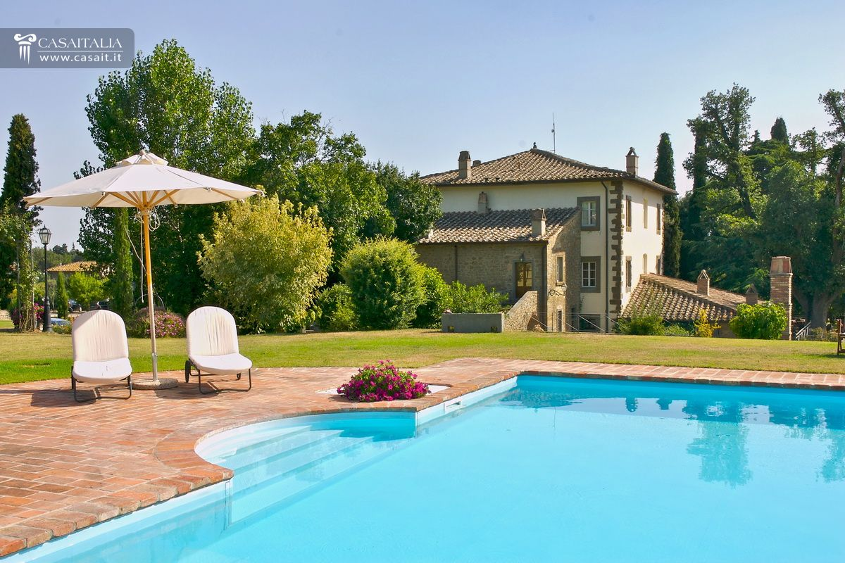 Tuscany - Hotel for sale