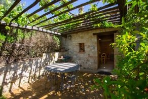 Umbria - Apartment with garden for sale