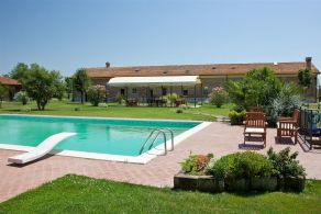 Tuscany - Grosseto - Restored farmhouse for sale
