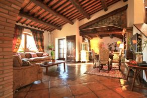 Luxury villa for sale Umbria, Monteleone d'Orvieto