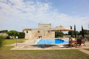 Villa with swimming pool sale in Puglia