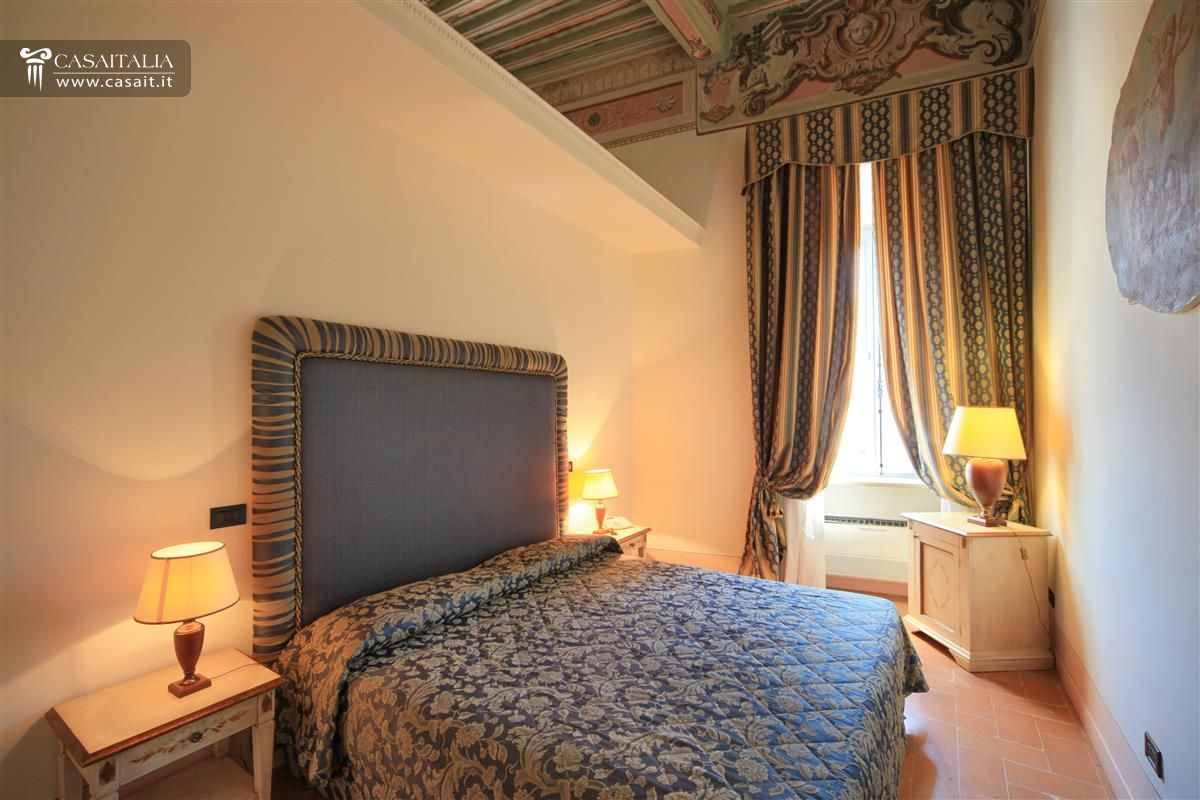Umbria - Trevi - Hotel for sale