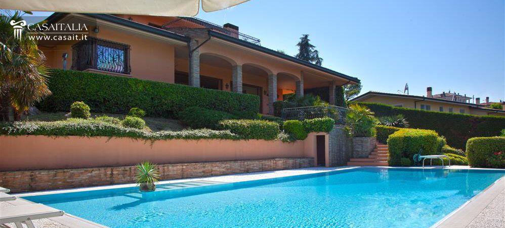 Villa for sale in riccione with sea view - Vendita villa con piscina genova ...