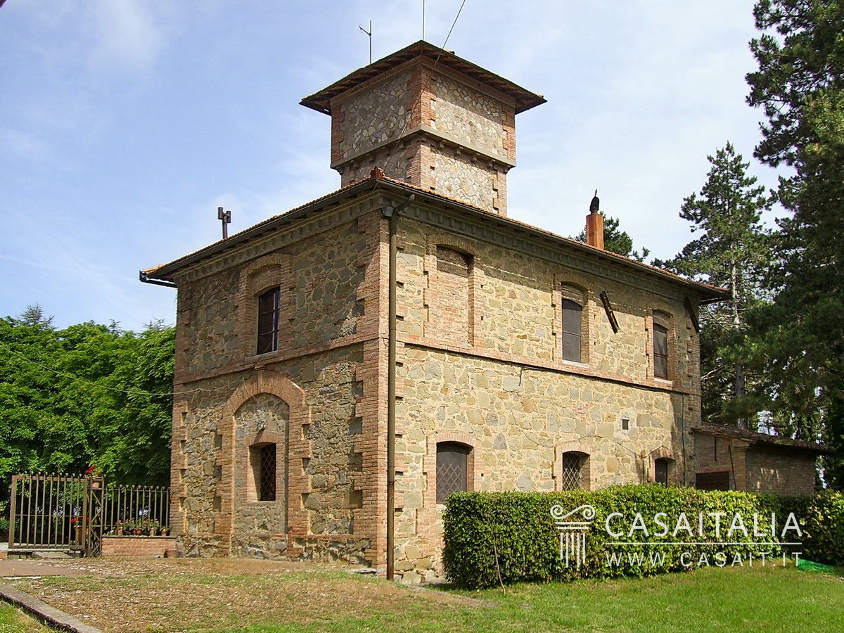 Villa with annex for sale in Umbria