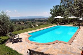 Assisi - Umbria - Villa with swimming pool for sale