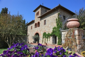 Villa with vineyard for sale in Tuscany - Chianti