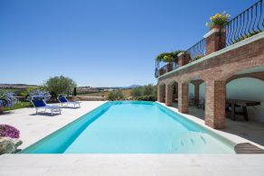 Villa with swimming pool for sale in Castiglione del Lago, Umbria