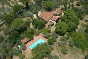 Villa with garden for sale in Terni, Umbria