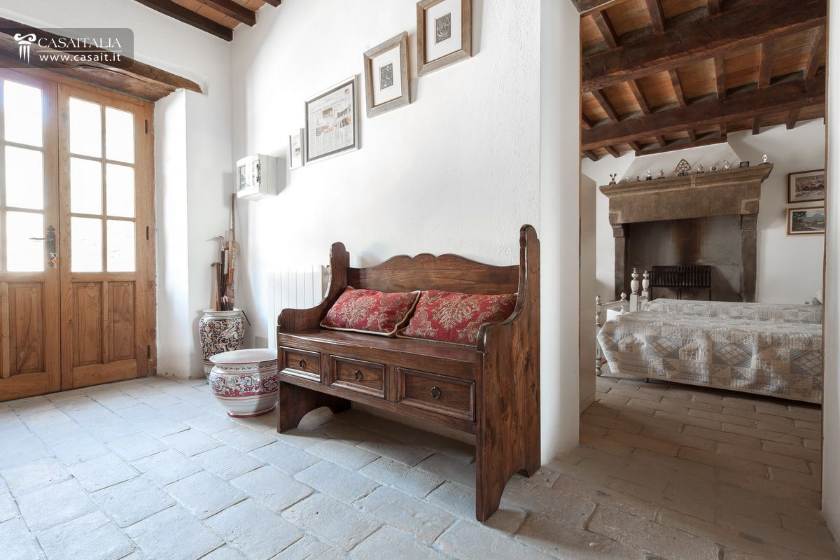 Farmhouse for sale in Umbertide, Umbria