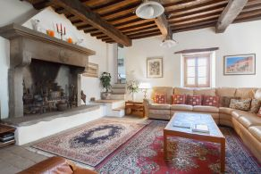 Luxury properties for sale in Umbertide, Umbria - Casaitalia International