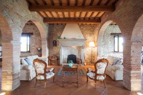 Typical farmhouse for sale in Umbria