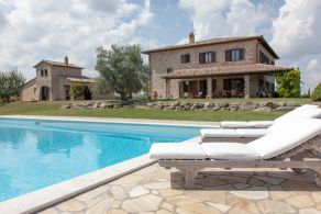 Luxury villa for sale in Todi, Umbria