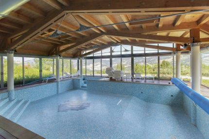 Luxury villa with swimming pool for sale in Emilia Romagna, Sassuolo