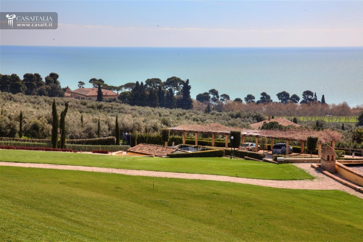 Marche - Luxury villa for sale on the sea