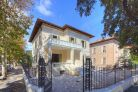 Luxury villa for sale in Pesaro