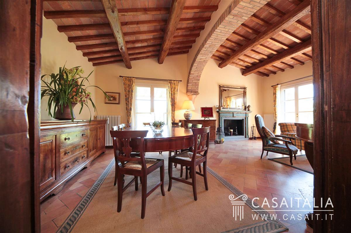 Villa for sale within golf club near Follonica, Toscana