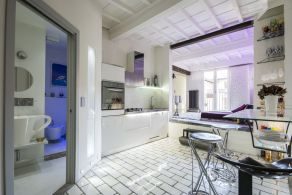 Restored apartment for sale in the centre of Florence