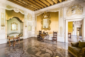 Baroque palace in the Dolomites for sale