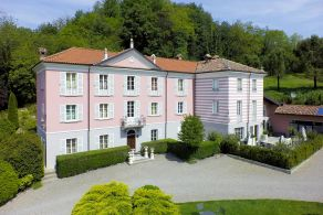 Luxury villa for sale in Acqui Terme