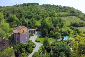 Luxury villa for sale in Monferrato