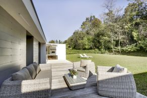 Villa with garden for sale in Veneto, Conegliano
