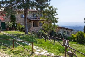 Villa for sale in Tuscany