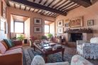 Farmhouse for sale in Todi