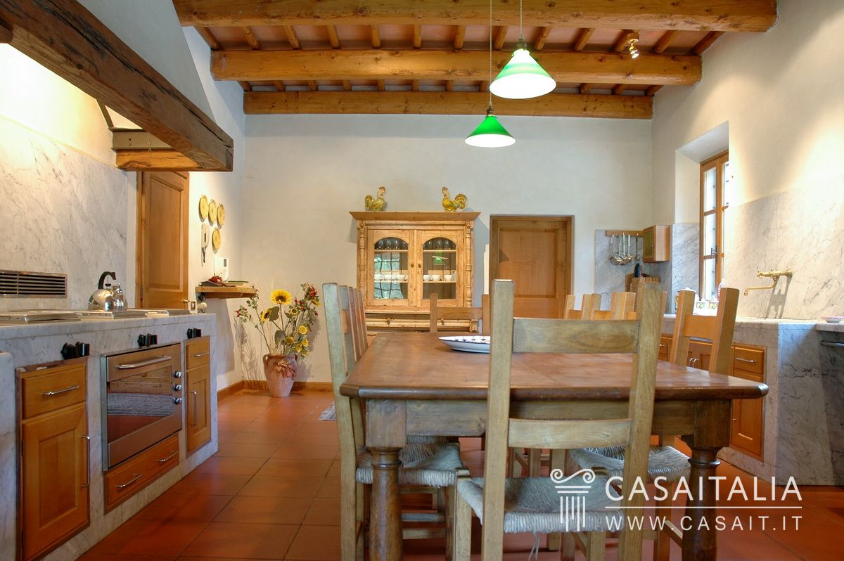 Luxury villa for sale in San Gimignano, Tuscany