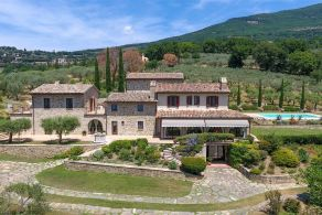Luxury villa for sale in Assisi, Umbria