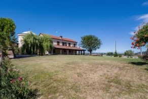 Country house for sale in Piedmont, Monferrato