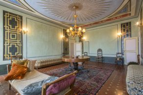 Historic property for sale in Tuscany