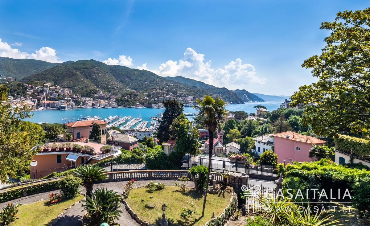 Villa With Sea View For Sale In Rapallo On The Tigullio Gulf