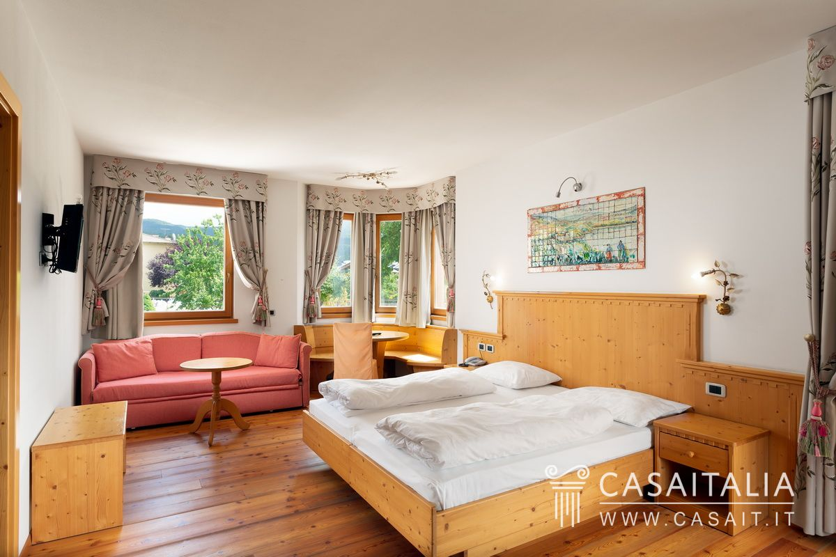 Hotel for sale in the Dolomites