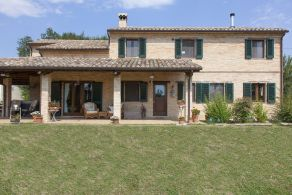 Farmhouse for sale in Le Marche, Massa Fermana