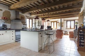 Farmhouse for sale in Le Marche
