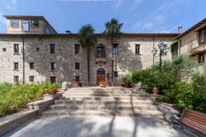 Luxury villa one hour from the sea, Marche