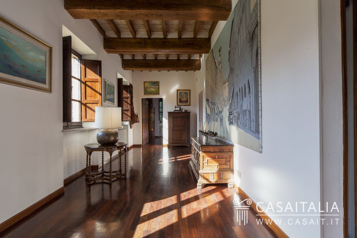 Luxury villa with tower for sale in perugia, Umbria