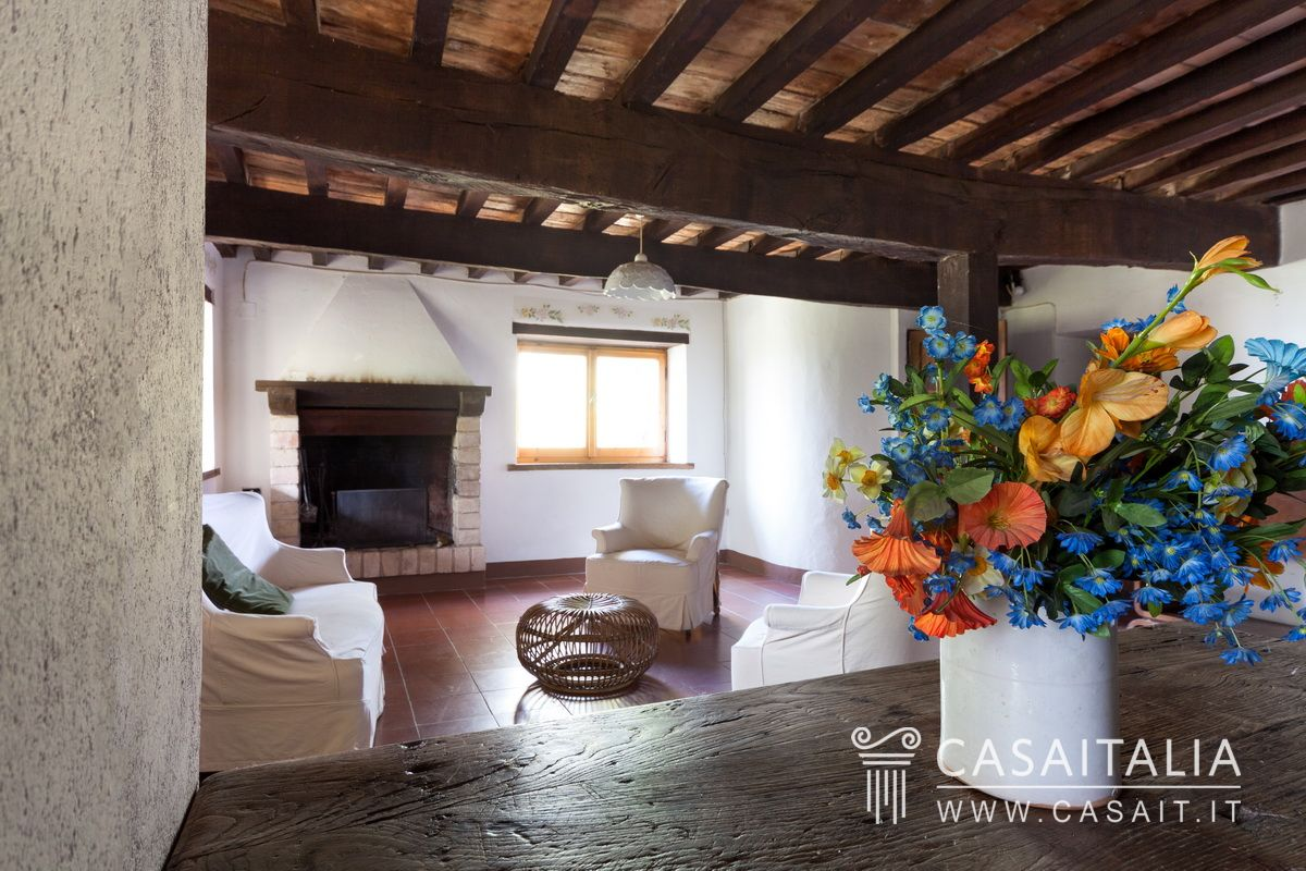 Country house for sale in Todi, Umbria