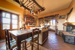Typical house for sale in Tuoro sul Trasimeno