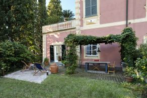 Apartment with garden for sale in Sestri Levante