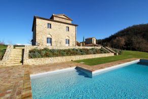 Country villa with swimming pool for sale in Niccone Valley