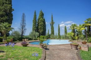 Farmhouse for sale in Tuscany, Terricciola