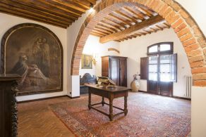 Luxury villa for sale in Tuscany, between Livorno and Pisa