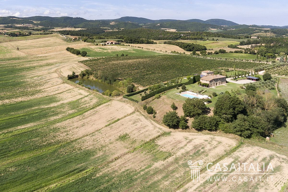 Farmhouse for sale in Torrita di Siena