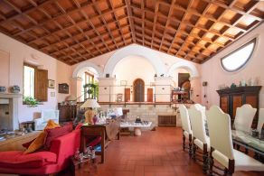 Luxury villa for sale in Umbria, Deruta